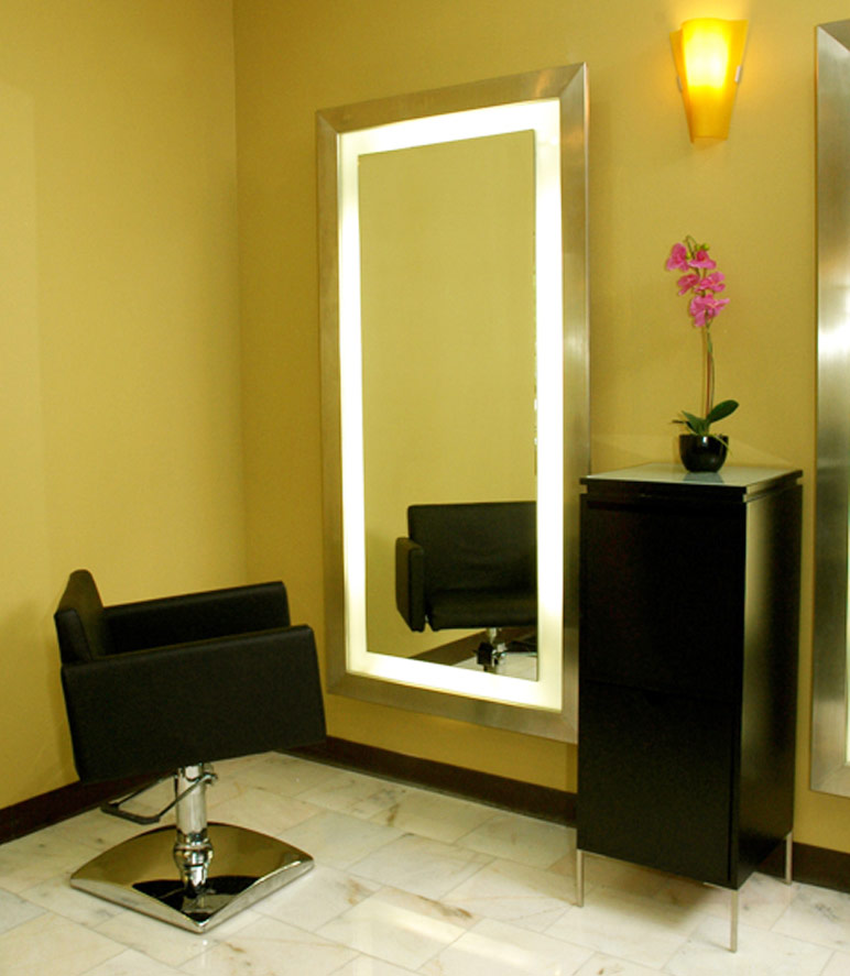 Salon styling mirror salon mirrors salon furniture for Salon pictures for wall