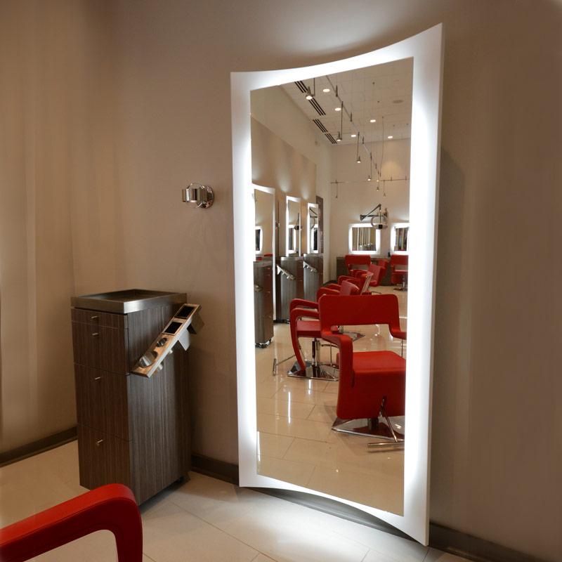 Curve salon mirror salon mirror salon furniture for Beauty salon mirrors with lights
